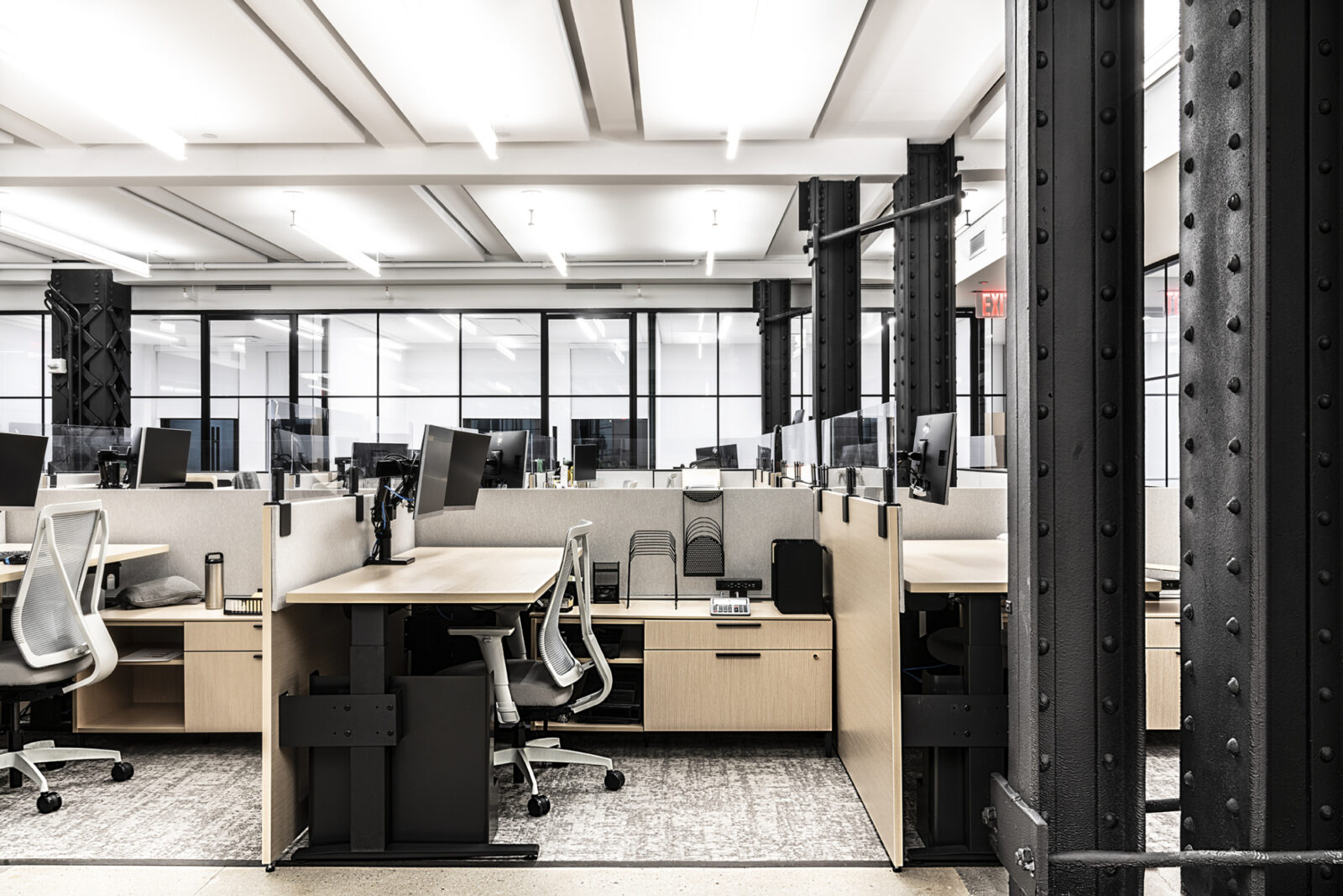 New York City Real Estate Client Workstations by Creative Office Pavilion Herman Miller dealer