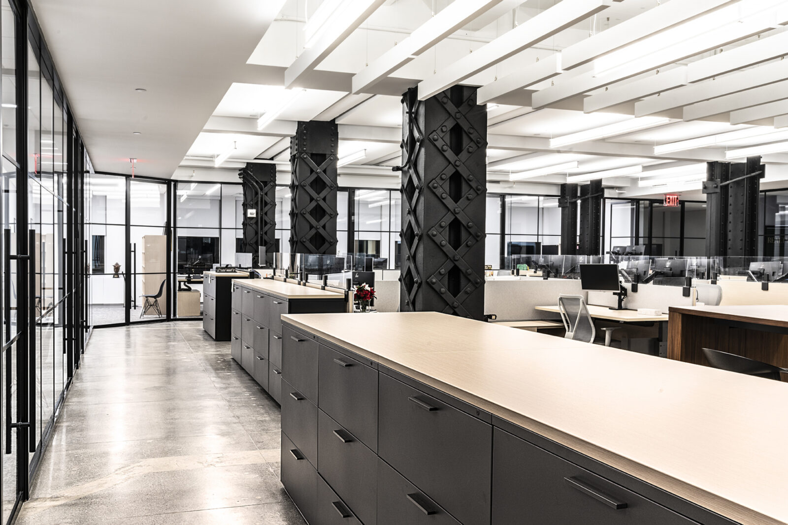 Open Layout New York City Real Estate Office Collaboration area workstations Creative Office Pavilion