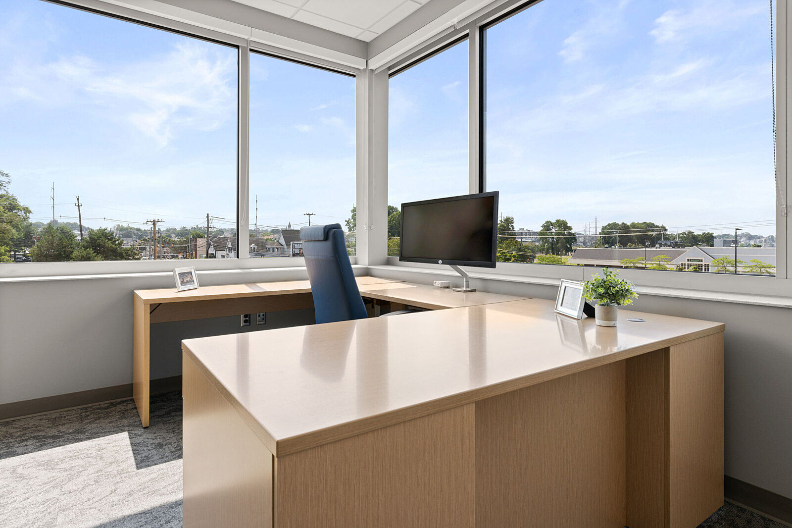 private office, height adjustable desk